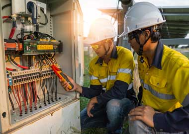 solar energy electricians
